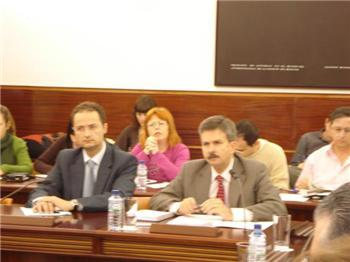 El consejero de Industria reclama beneficios para Extremadura si se renueva la autorización de Almaraz