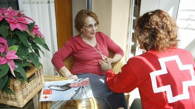 La Diputación de Cáceres saca a licitación el contrato del servicio de teleasistencia domiciliaria