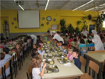 La Junta destinará 850.000 euros a ayudas para el suministro de frutas y hortalizas a centros escolares