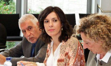 La consejera de Educación y Empleo confirma que en 2017 habrá oposiciones de Secundaria