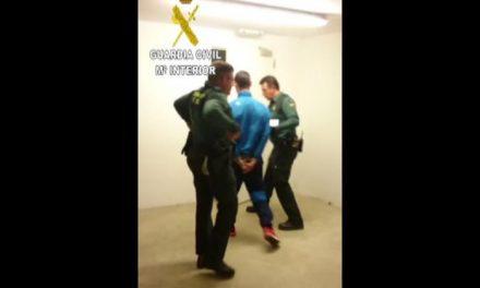 La Guardia Civil detiene al presunto autor de un atraco con pistola en una gasolinera de Granadilla