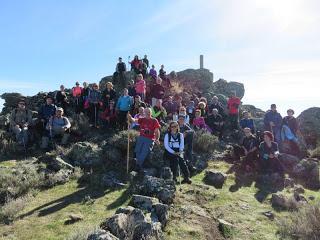 Coria comienza el calendario senderista con más de 40 personas en la ruta Cabezabellosa Pico-Pitolero