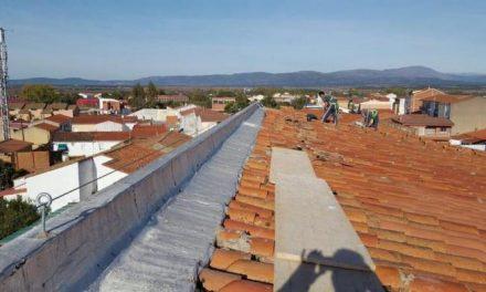 El consistorio de Moraleja pone fin a las obras de mejora de la cubierta del edificio de la Cámara Agraria