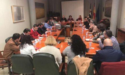 La Junta de Extremadura dará ayudas directas a las mancomunidades para los parques de maquinaria