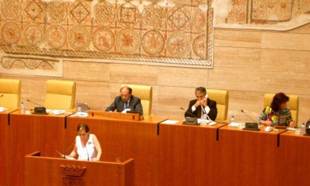 PSOE y PP llegan a un acuerdo para la reforma del reglamento de la Asamblea de Extremadura