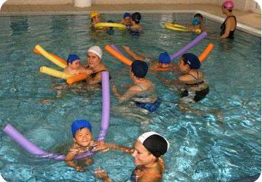 Moraleja abre mañana el plazo de inscripción para los cursos de verano de natación para niños