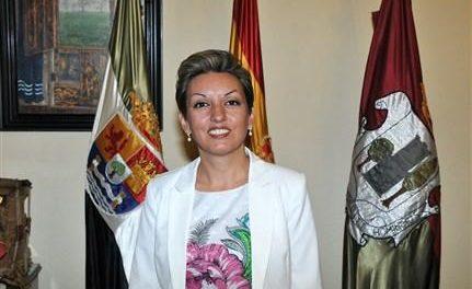 Sonia Grande responde a la oposición diciendo que ya advirtió de los problemas del Plan de Empleo Social