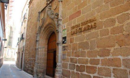 El Centro Cultural Las Claras de Plasencia acogerá la exposición 'Juego a dos' a partir de este miércoles