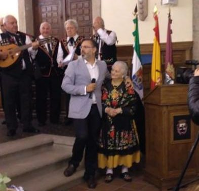 El Ayuntamiento de Plasencia celebra San Fulgencio homenajeando a Bernarda Martín Blanco