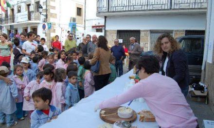 El Aceite Gata-Hurdes continuará organizando «Desayunos saludables» con escolares en el 2009