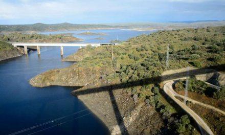 Fomento prevé finalizar las obras del tren de altas prestaciones de Extremadura a principios de 2019