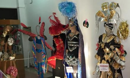 La casa de cultura de Coria acogerá una exposición con los trajes de Carnaval de ediciones anteriores