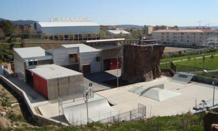La Junta saca a licitación el servicio de limpieza de la Factoría Joven de Plasencia por más de 12.700 euros