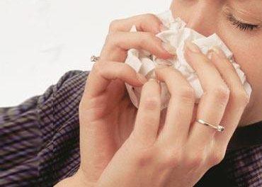La incidencia de la gripe desciende por debajo del nivel epidémico por primera vez desde diciembre
