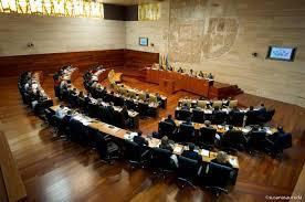 Un ranking revela que la Asamblea de Extremadura es el sexto parlamento más transparente de España
