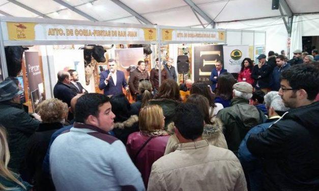 Coria presenta en Olivenza la Feria Internacional del Toro de 2018 y los festejos de San Juan