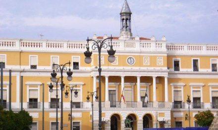 El Ayuntamiento de Badajoz multará a las empresas de la ciudad que vendan coches en la vía pública