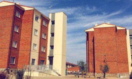 La Junta aprueba la lista provisional para la adjudicación de las viviendas de Los Camineros en Coria