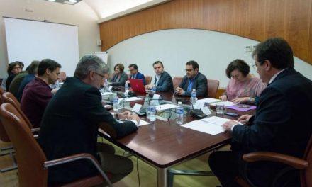 La Junta de Extremadura exige celeridad al Gobierno central para que la región tenga un tren digno