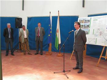Torrejoncillo inaugura oficialmente el acceso a la A-66 desde el cruce de Portaje con 18 kilómetros