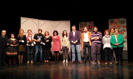 """""""El Lazarillo de Tormes"""" recibe el premio especial del público en el Certamen de Teatro de Coria"""