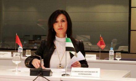 Esther Gutiérrez promoverá un debate en el Consejo Escolar de Extremadura sobre el Pacto de Estado