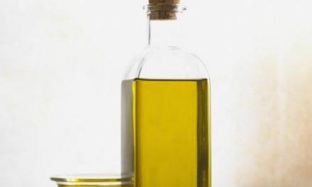 Dos centros de Plasencia acogerán este jueves un taller-cata sobre los beneficios del aceite de oliva
