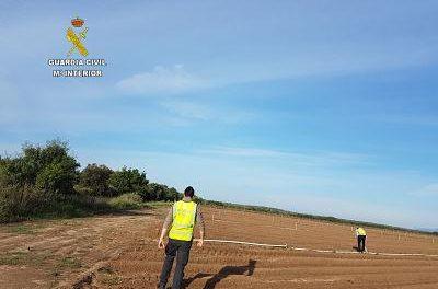 La Guardia Civil detiene a cuatro personas por delitos contra el patrimonio en explotaciones agrícolas