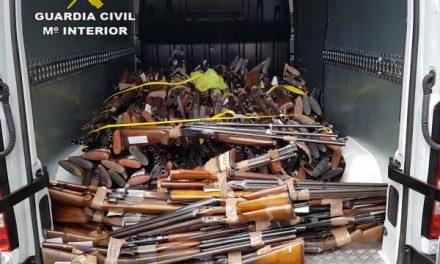 La Guardia Civil participa en la destrucción de 760 armas almacenadas en la Intervención de Armas