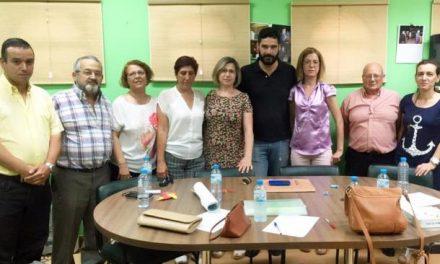 La nueva directiva de la asociación del barrio de El Pilar de Plasencia trabaja en el mantenimiento de la sede