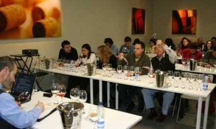 Dos vinos de Valdeorras y Yecla ganan el concurso de caldos con demoninación de Villanueva