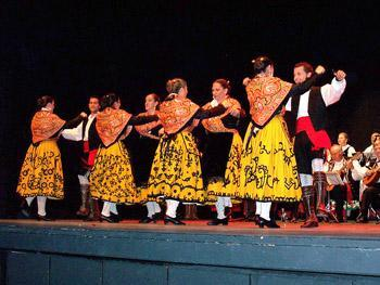 La casa de cultura de Moraleja acogerá este viernes una actuación folclórica gratuita