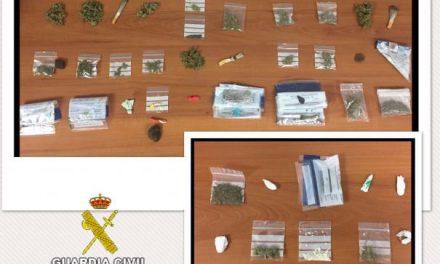 La Guardia Civil levanta más de 50 actas por tenencia en consumo de drogas en Aldeanueva de la Vera