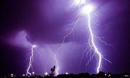 El Centro 112 activa la alerta amarilla por tomentas en el norte de Cáceres hasta las 18.00 horas de este martes