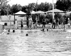 La piscina de Villanueva de la Serena celebra una jornada de puertas abiertas y organiza varias actividades