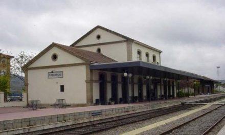 """El alcalde de Plasencia subraya que la mejora de las infraestructuras ferroviarias es un """"objetivo común"""""""