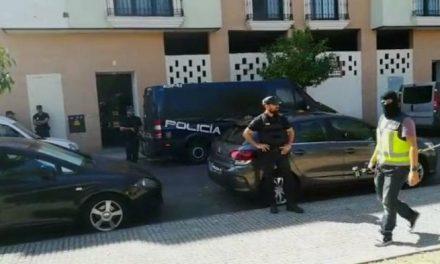 Finaliza el registro de la vivienda de Mérida con la detención del presunto yihadista bangladesí