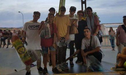 """Unos 400 jóvenes disfrutan en el III Festival """"Coria Urbana"""" de exhibiciones de scooter, BMX y skate"""