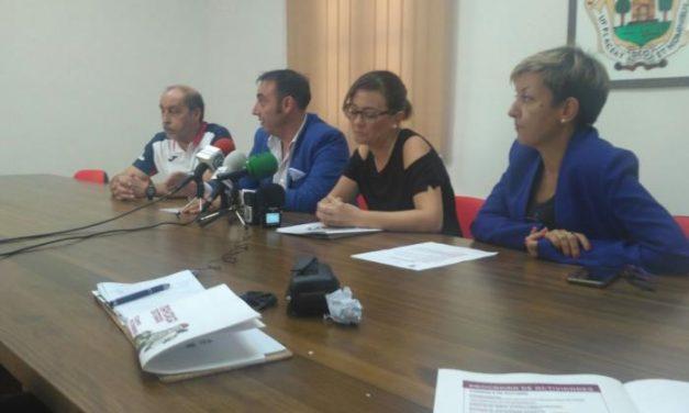 """Los comerciantes del centro de Plasencia ponen en marcha una campaña bajo el lema """"Mayorga Teatrapa"""""""