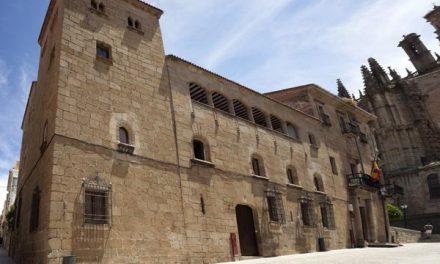"""El alcalde de Plasencia espera que la reunión con la Universidad Católica de Ávila sea muy """"fructífera"""""""