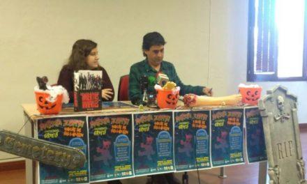 La Asociación Megagumi organiza una marcha zombi en Plasencia con motivo de la celebración de Halloween