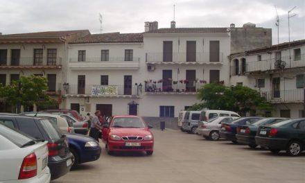 Ayuntamiento y comerciantes estudian peatonalizar la plaza de los Toros de Moraleja