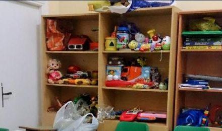 Protección Civil Coria reparte juguetes entre más de un centenar de niños de la ciudad