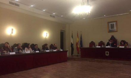 El PP de Coria aprueba en solitario las bases del certamen de Reinas y Damas de las fiestas de San Juan