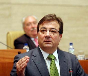 Fernández Vara anuncia la congelación de los sueldos de los cargos públicos extremeños
