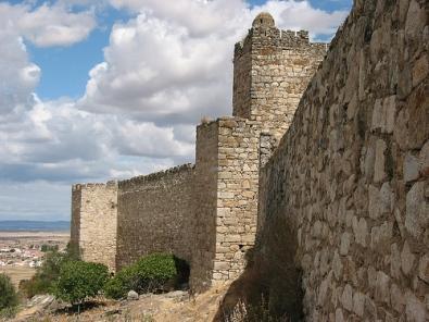 La muralla de Trujillo tendrá un circuito cerrado de televisión y contará con una iluminación artística