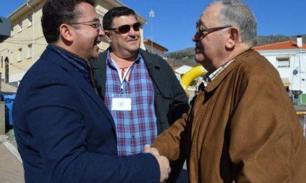 El secretario general del PP extremeño pide en Cilleros que se fomente el turismo en las zonas rurales