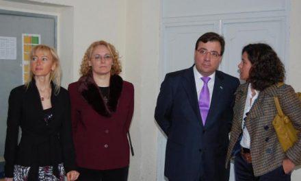 La Dirección Provincial de Educación decide prescindir de la directora del instituto Augustóbriga de Navalmoral