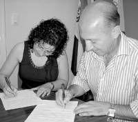 La asociación de enfermos de alzheimer recibe una ayuda de 7.000 euros del consistorio de Don Benito