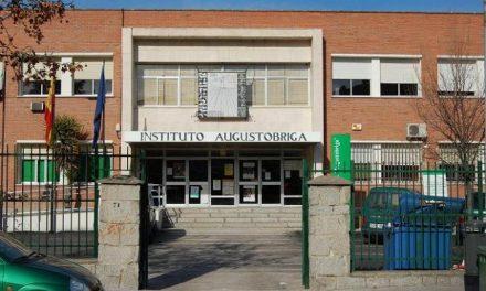 La directora del instituto de secundaria Augustóbriga de Navalmoral denuncia usurpación del cargo